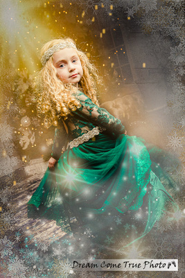 DreamComeTruePhoto_8T9A9997-T Holiday card photosession composite work beautiful girl dancing at the christmas decoration in the snowflakes and stars