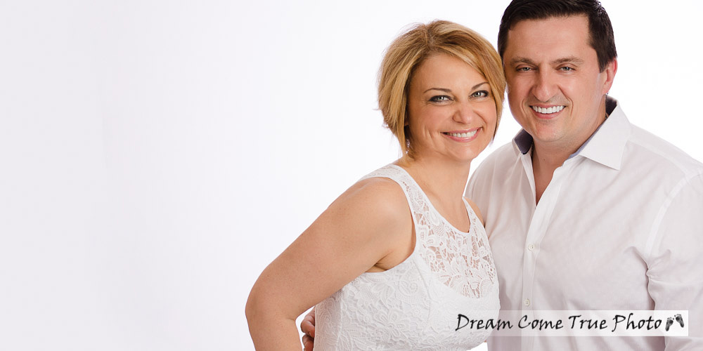 Dream Come True Photo, A Dream Photo, Elly Alena Dream mother and father photograph taken during family session to capture the love of parents for their older teen siblings in Marlboro NJ